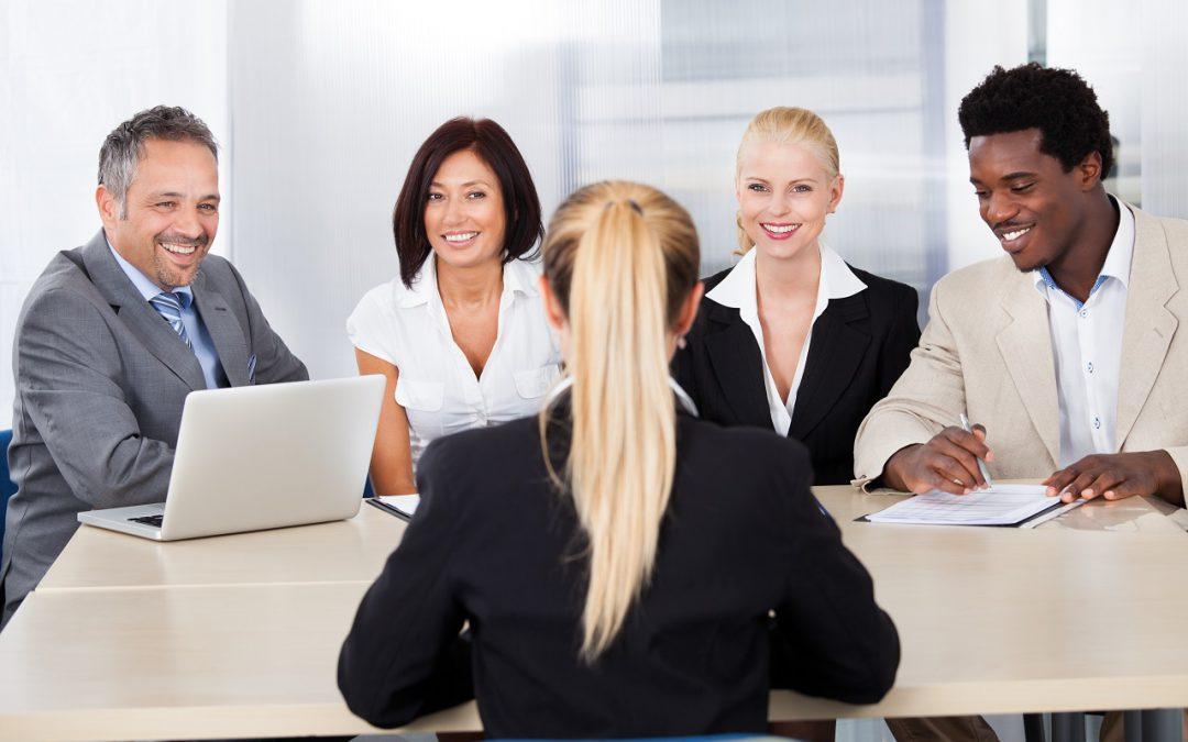 რა უნდა გავითვალისწინოთ პირველი სამსახურის ძიებისას
